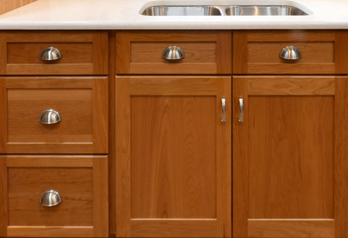 choosing hardware for your cabinets