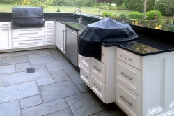 you should consider an outdoor kitchen
