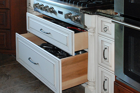 why choose custom cabinets over boxed cabinets